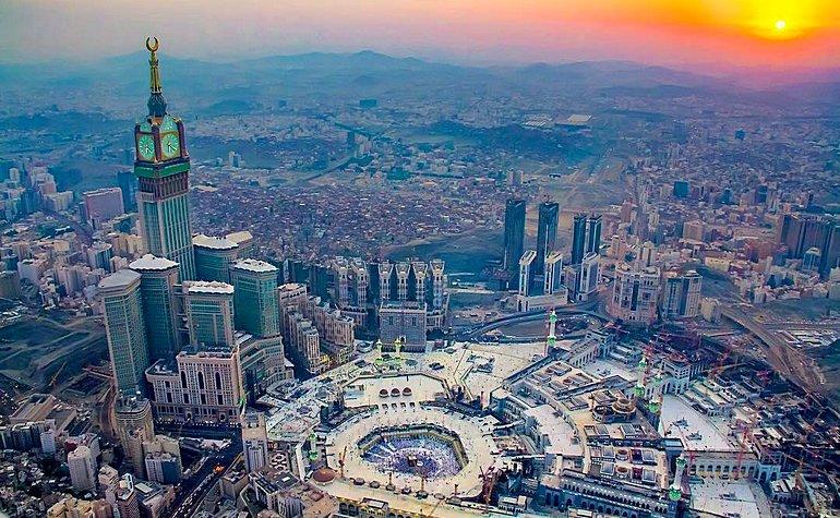 صورة ارخص رحلات طيران من دبى الى جدة